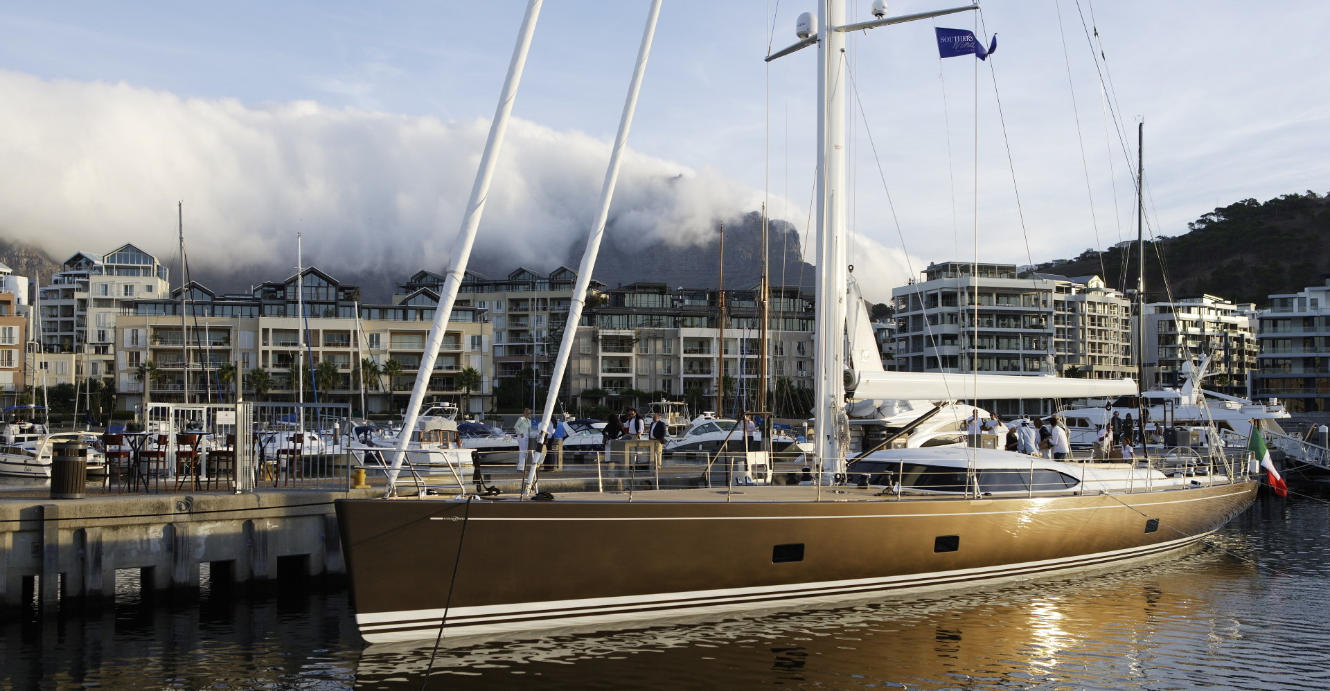 SW100DS Far and Wide Yacht for Charter