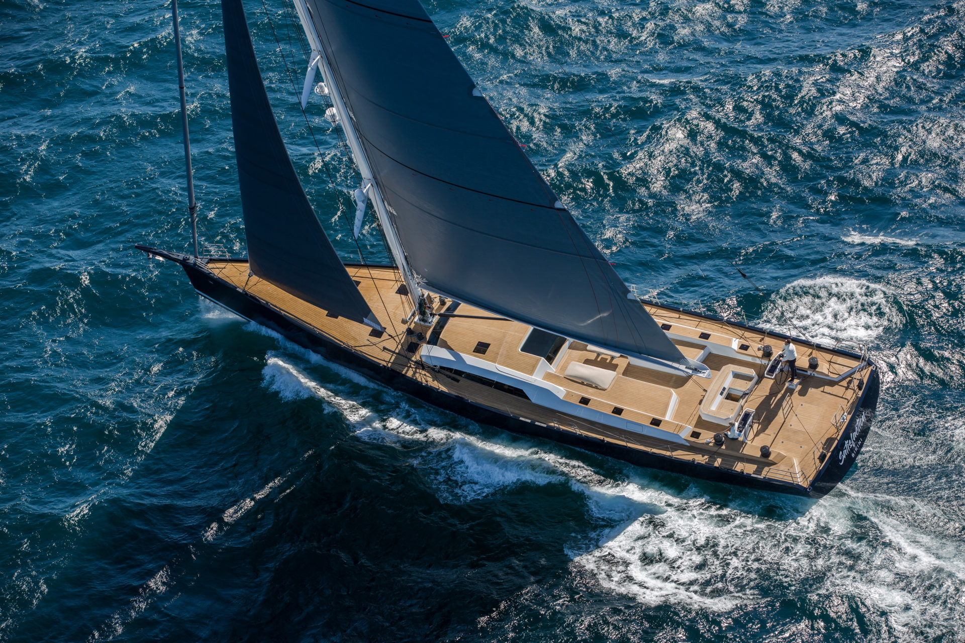 SW105-9026_Satisfaction_sailing