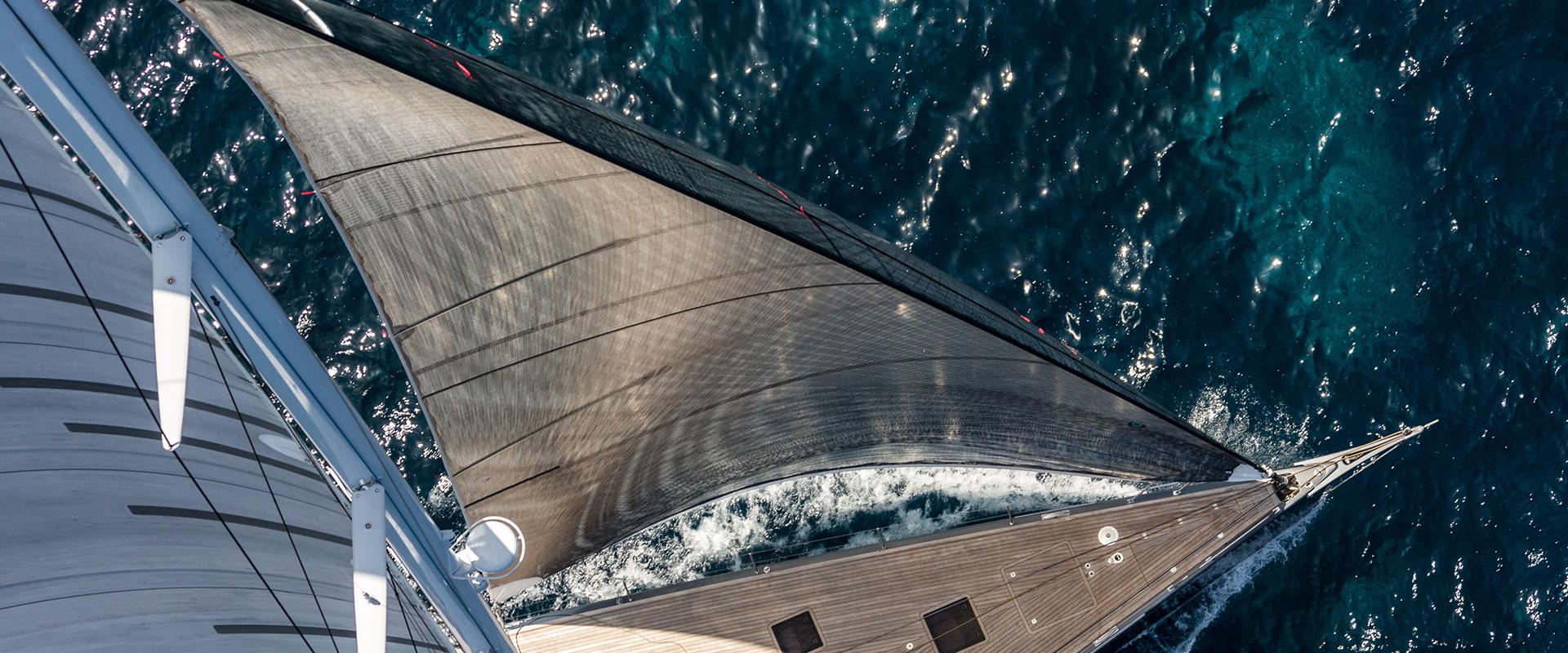 A Fresh Wind fills Southern Wind's Sails